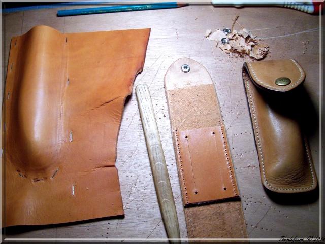 Accessoires en cuir pour le rasage - Page 2 Atui_c10