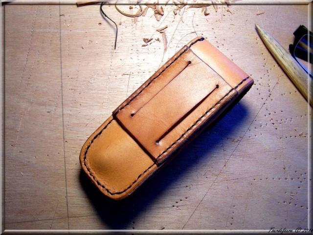 Accessoires en cuir pour le rasage - Page 2 Atui_c14