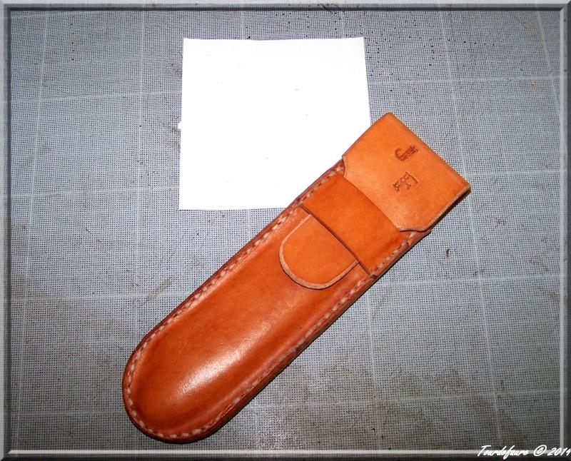 Accessoires en cuir pour le rasage - Page 2 Copie_18