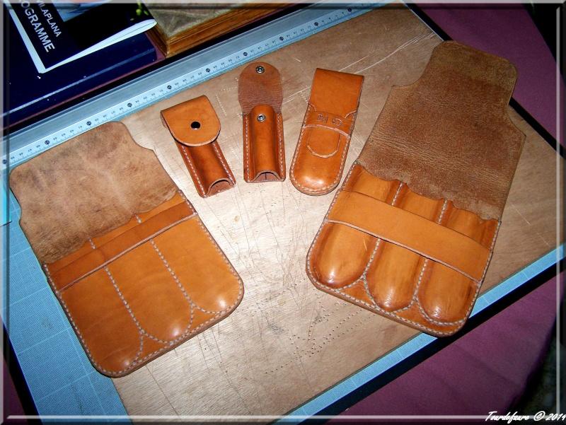 Accessoires en cuir pour le rasage - Page 2 Photo194