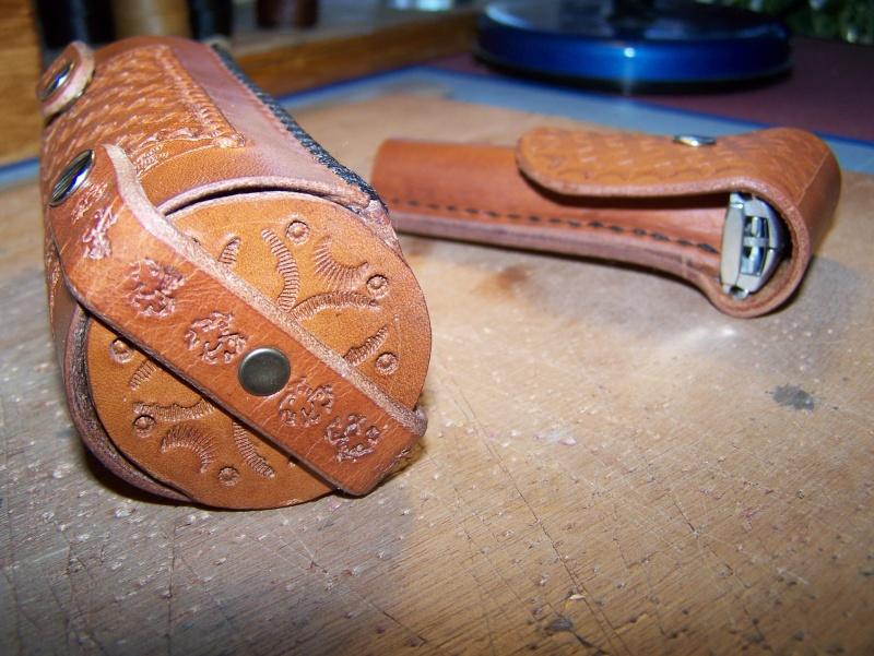 Accessoires en cuir pour le rasage - Page 2 Photo205