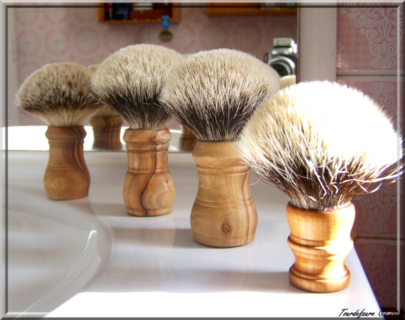 Blaireau Lijun Shaving  (Chine) - Page 6 Photo229