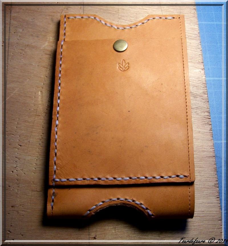 Accessoires en cuir pour le rasage - Page 2 Pochet33