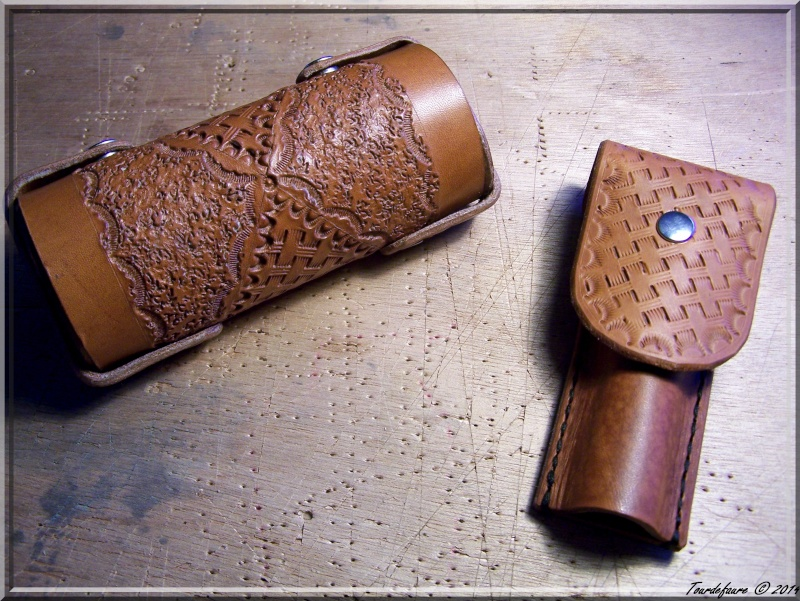 Accessoires en cuir pour le rasage - Page 2 Pochet41