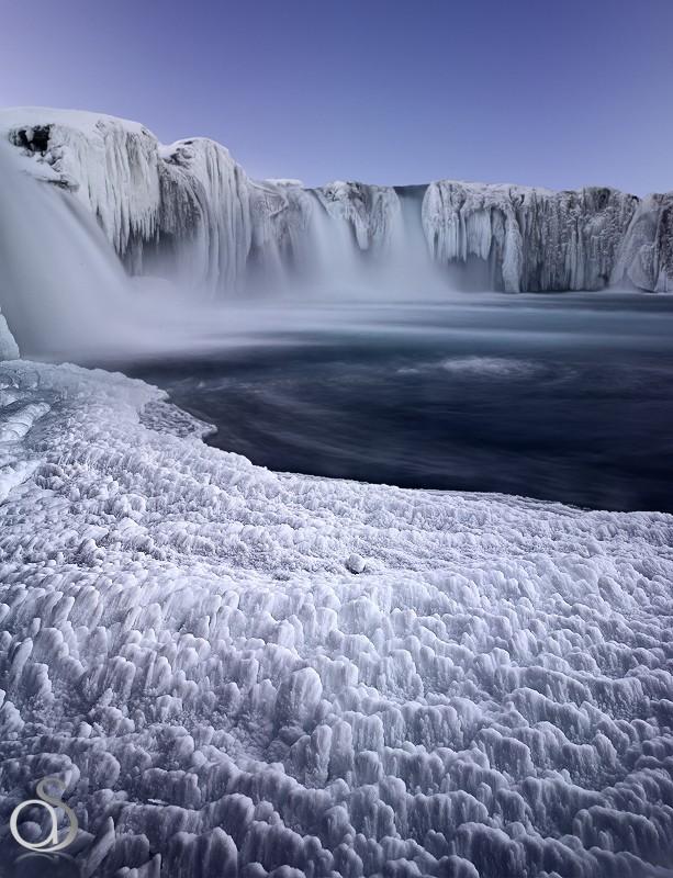 Magnifique Islande la chute des dieux Godafoss Godafo12