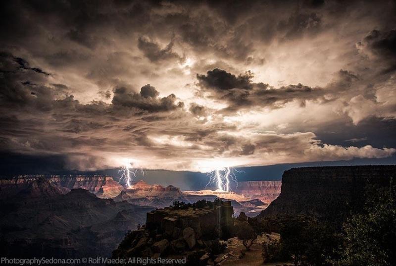 Magnifiques orages. Lightn13