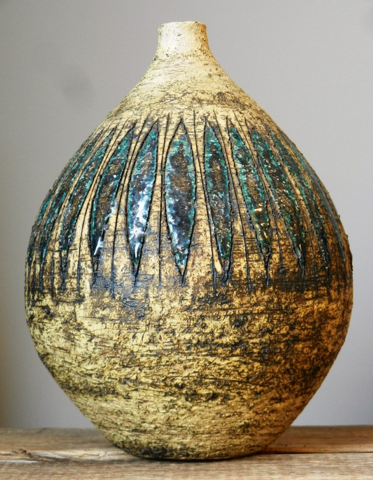 """Terraform""  and  Fritz Göllner Besigheim Dscn2911"