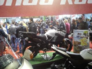 Vos plus belles photos de moto - Page 38 Dsc03710