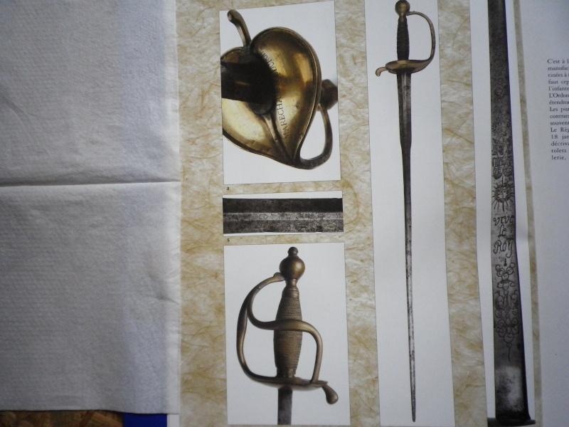 Forte épée de la gendarmerie de France ? Imgp5128