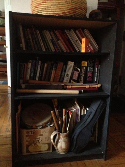 Books! - Page 6 Bookca12