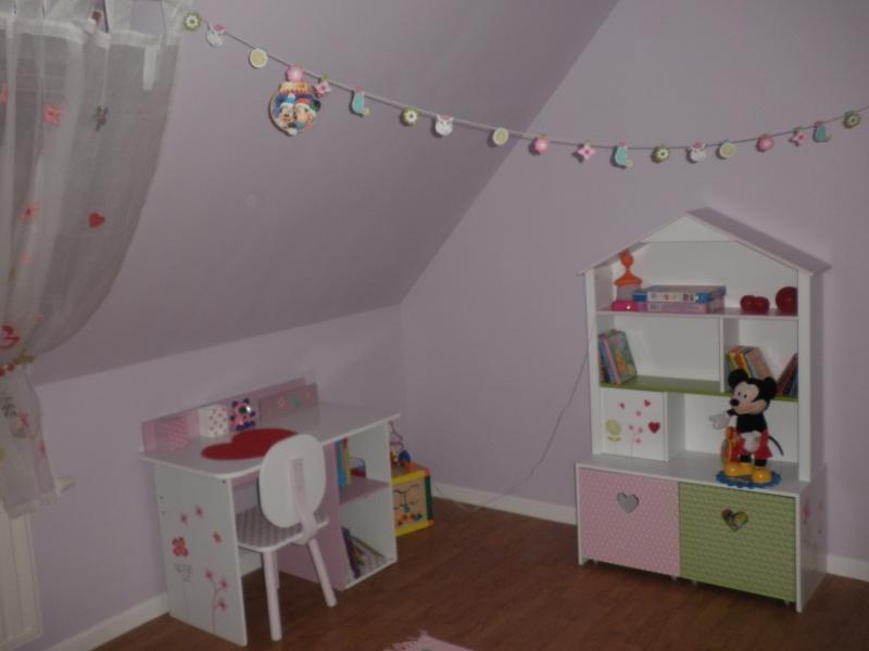 chambre fille nouvelles infos et photos P3 - Page 2 Pa057411