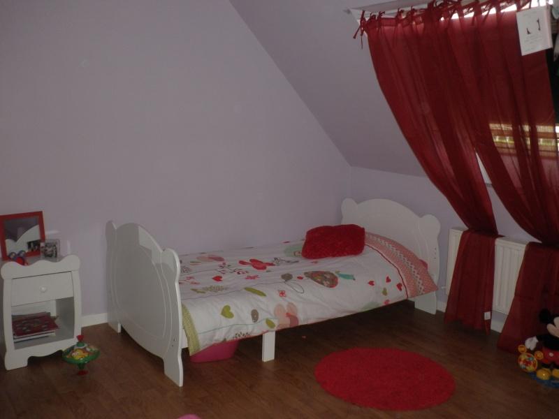 chambre fille nouvelles infos et photos P3 - Page 2 Pa107411