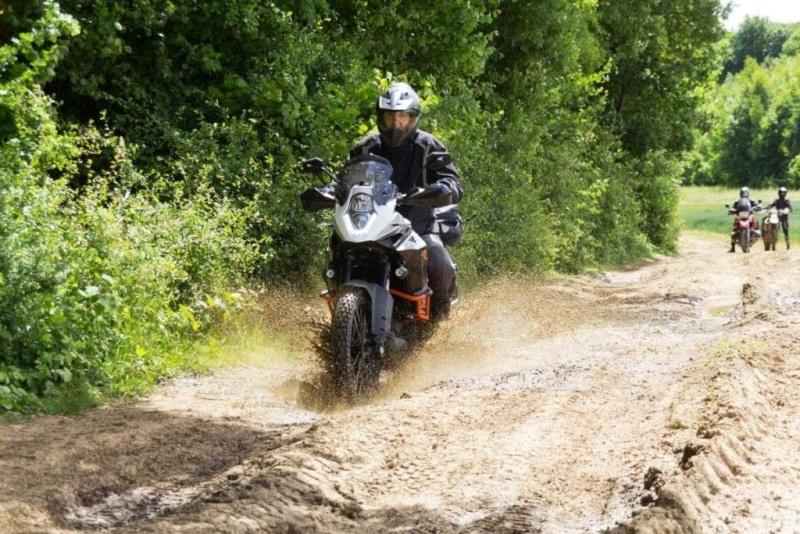 Le sujet des motards :) - Page 6 41410