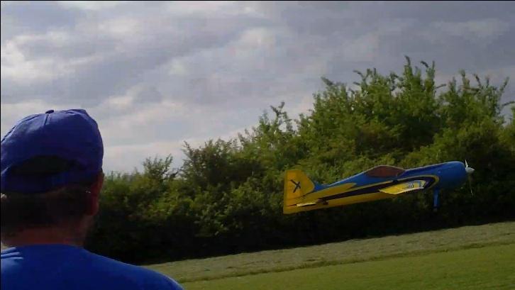 Inverza 33 Hangar 9 2014-046
