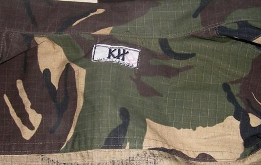 uniformes cambodgiens  222210