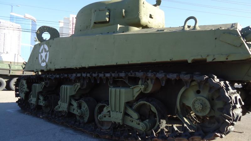 Sherman V Firefly Dsc06148