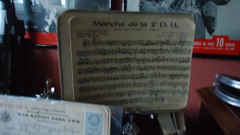 Mon petit coin a souvenirs WWII Dsc06450