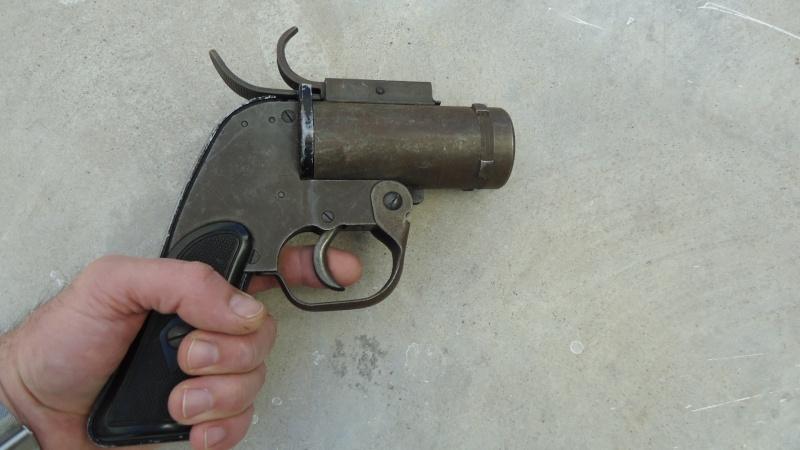 Pistolet Lance-fusées M8 Dsc06521