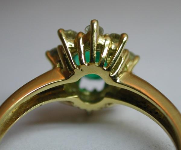 Comment faire pour reconnaître un bijou en fonte d'un bijou fait main ? Dscn2917