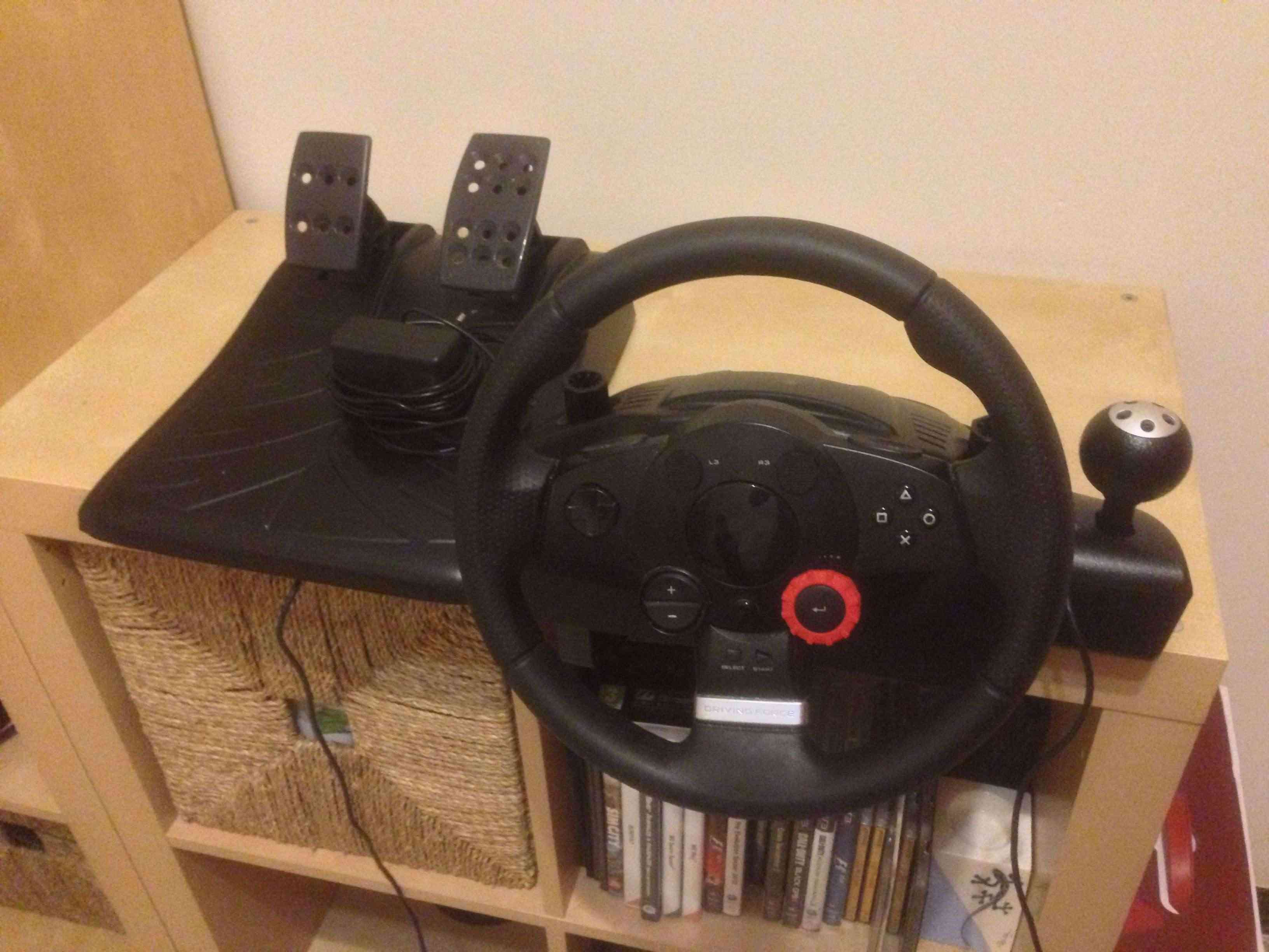 Vendo Driving Force GT Volante LOGITECH Img_3010