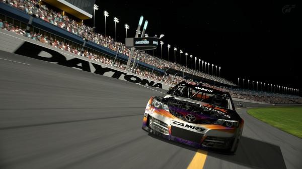 Crónica de la Nascar en Daytona International Speedway Titold10