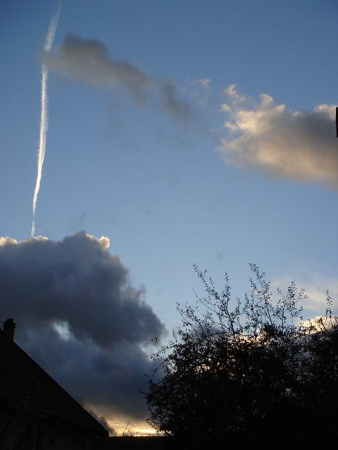 37 - Les nuages..... photos reçues  - Page 2 Dsc01522
