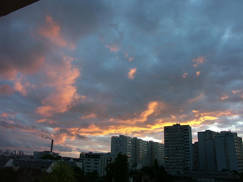 37 - Les nuages..... photos reçues  - Page 3 Pict4210