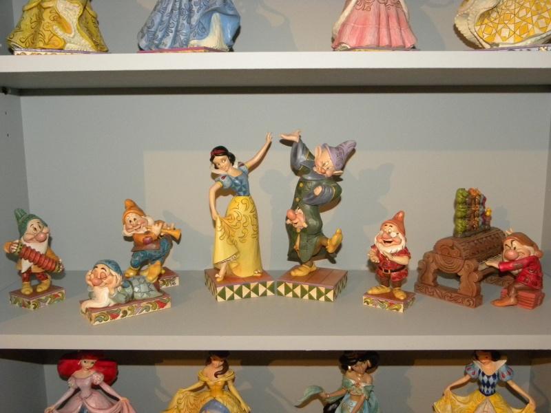 Disney Traditions by Jim Shore - Enesco (depuis 2006) - Page 5 Dscn4144