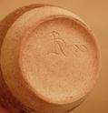 Vase marked RD 87 Dscn9437