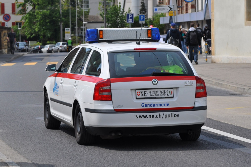 Skoda au service de la police - Page 2 Rsc20110