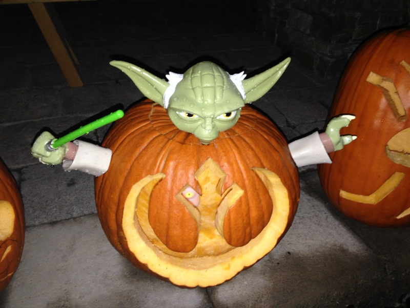 """1st Annual """" TIG STAR WARS PUMPKIN CARVING CONTEST """"  - **WINNING ENTRIES** - Page 6 Img_0610"""