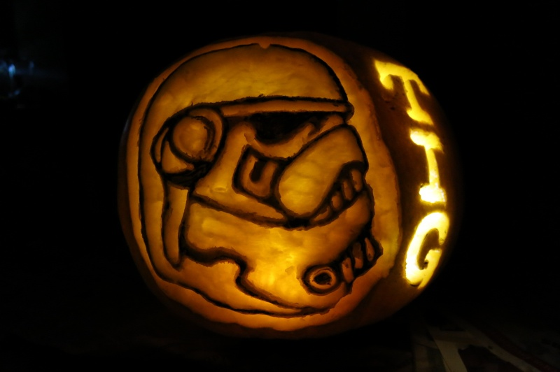 "1st Annual "" TIG STAR WARS PUMPKIN CARVING CONTEST ""  - **WINNING ENTRIES** - Page 5 Img_0122"
