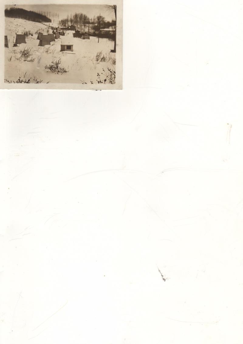 Trappe oka début 1900. Archives Société d'histoire d'Oka. Poules11