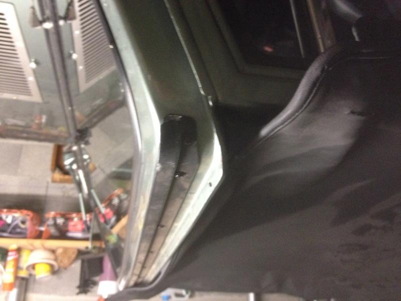HELP ! Remontage hard top sur CJ7 Img_0710