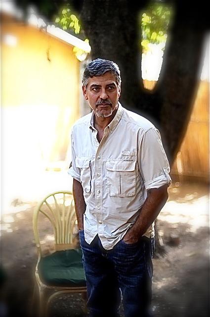 George Clooney George Clooney George Clooney! - Page 2 Img_0120