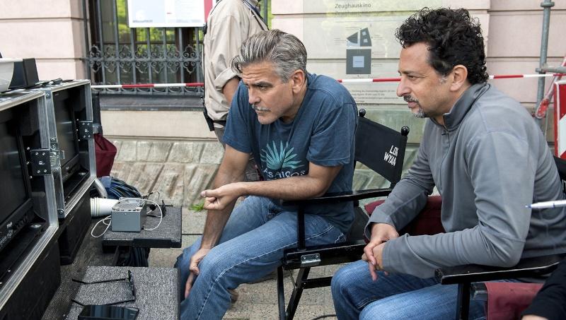 George Clooney George Clooney George Clooney! - Page 9 Img_7511
