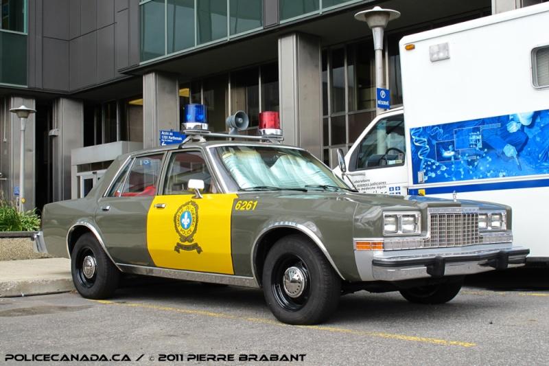Police SQ 1971 Sqcara10