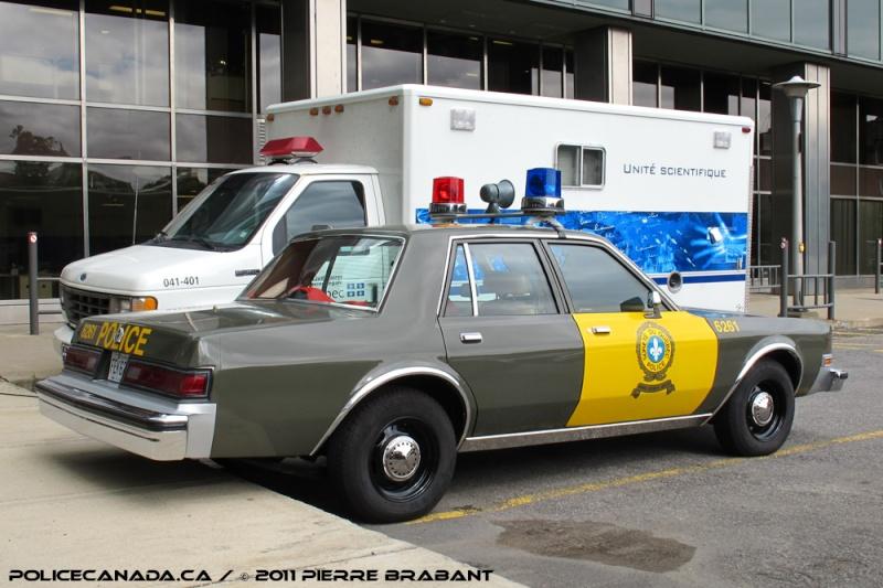 Police SQ 1971 Sqcara11