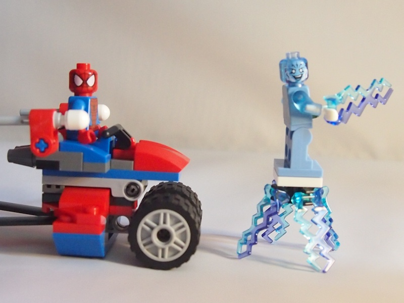 Review of 76014 Spider-Trike Vs Electro 1710