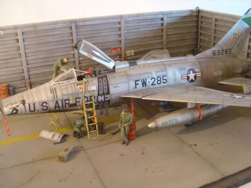 diorama F-100 super sabre trumpeter 1/32 Dsc04318