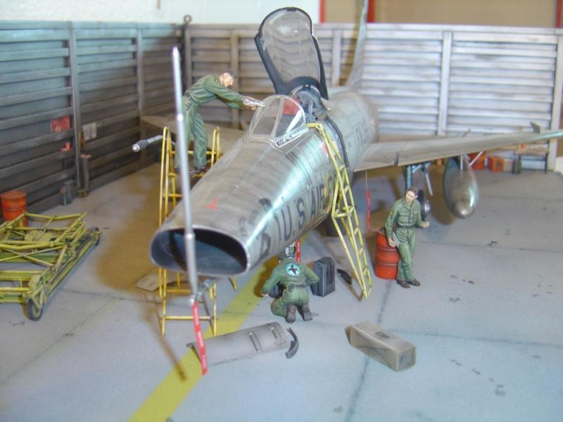 diorama F-100 super sabre trumpeter 1/32 Dsc04321