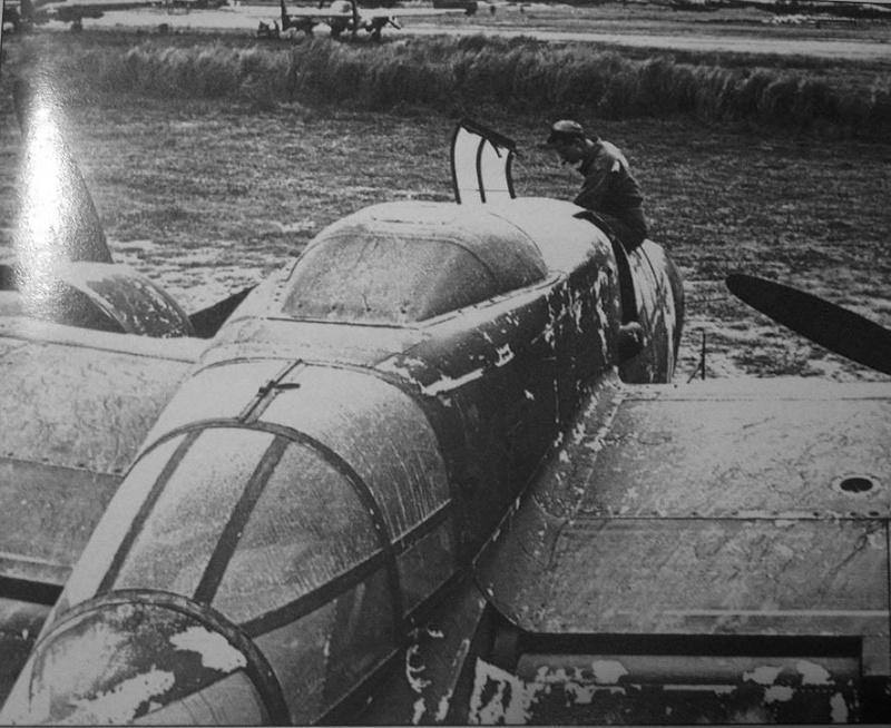 P-61  BLACK WIDOW / HOBBY BOSS 1/32 ( diorama ) Img_1910