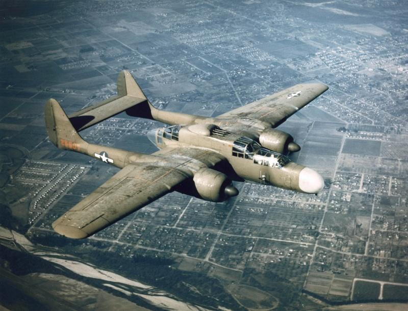 P-61  BLACK WIDOW / HOBBY BOSS 1/32 ( diorama ) Northr10