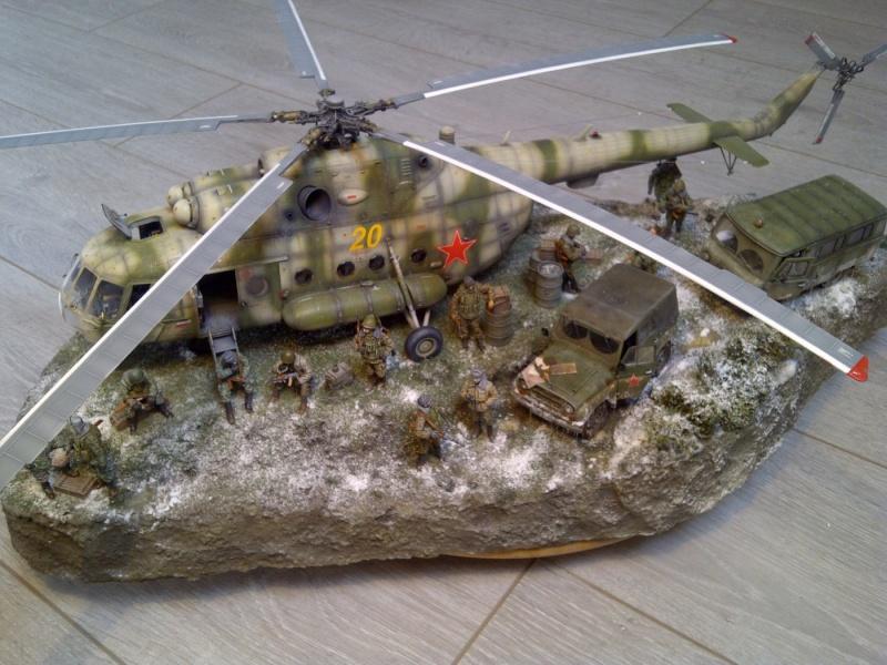 diorama hélicoptère MIL MI 8 Saint-37