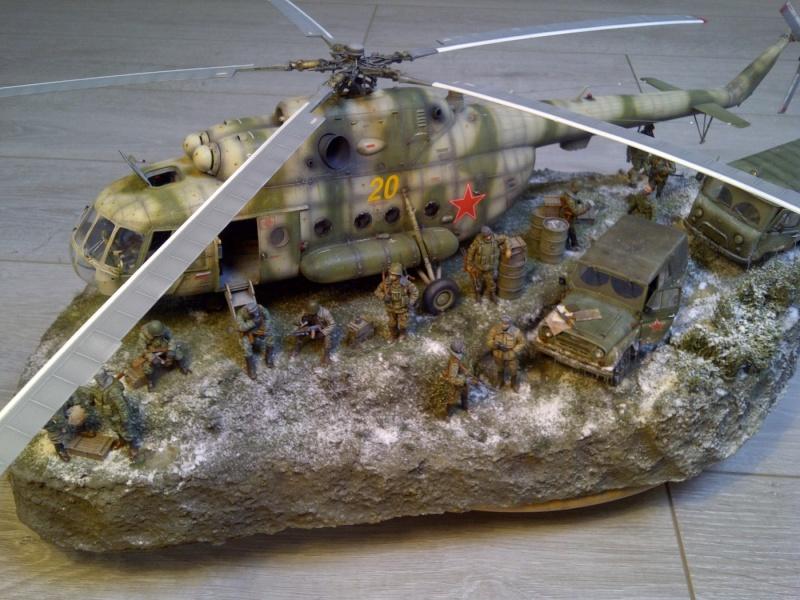 diorama hélicoptère MIL MI 8 Saint-45