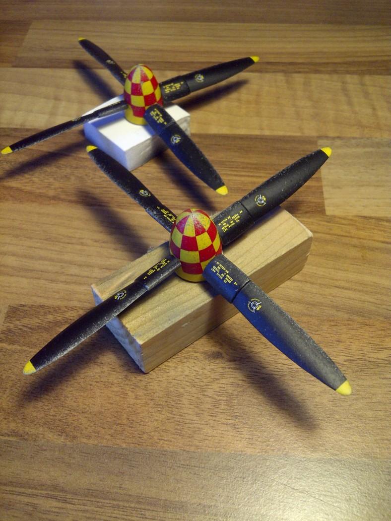P-61  BLACK WIDOW / HOBBY BOSS 1/32 ( diorama ) Saint213