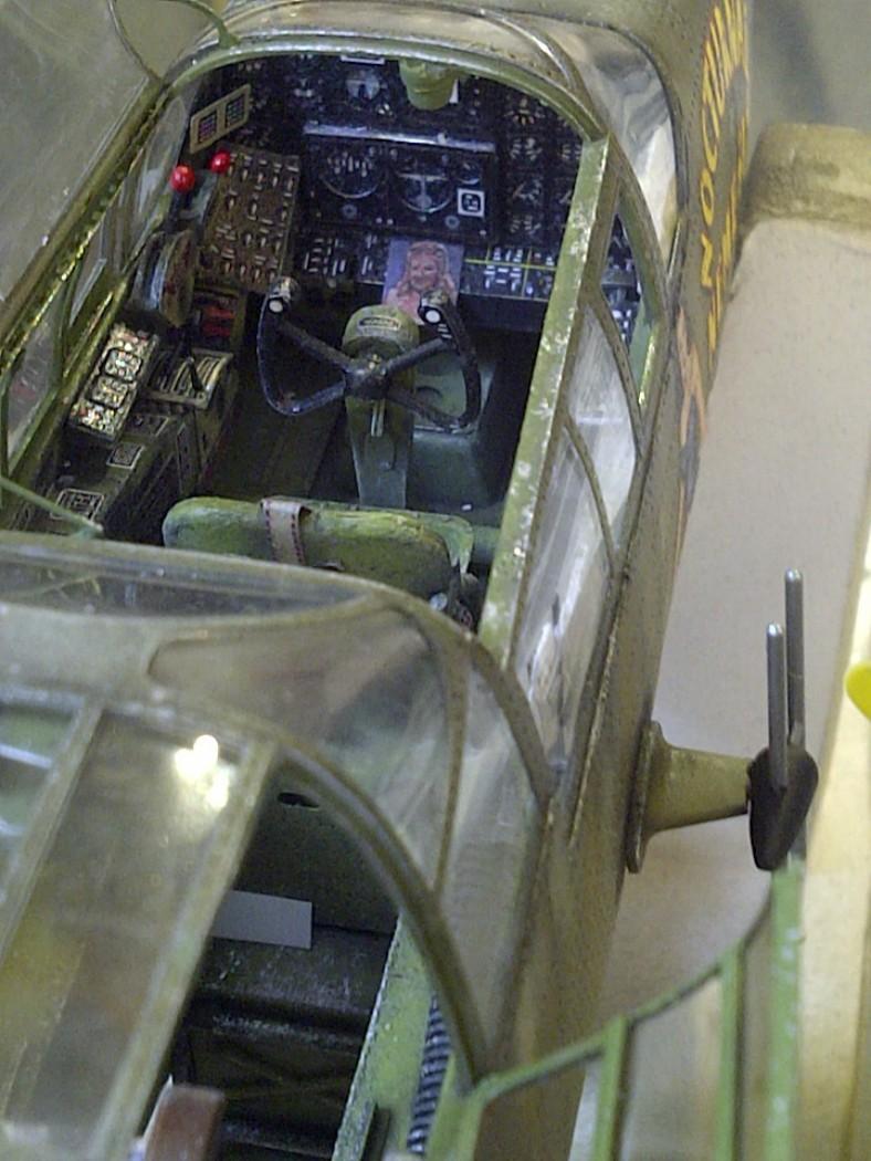 P-61  BLACK WIDOW / HOBBY BOSS 1/32 ( diorama ) - Page 2 Saint241