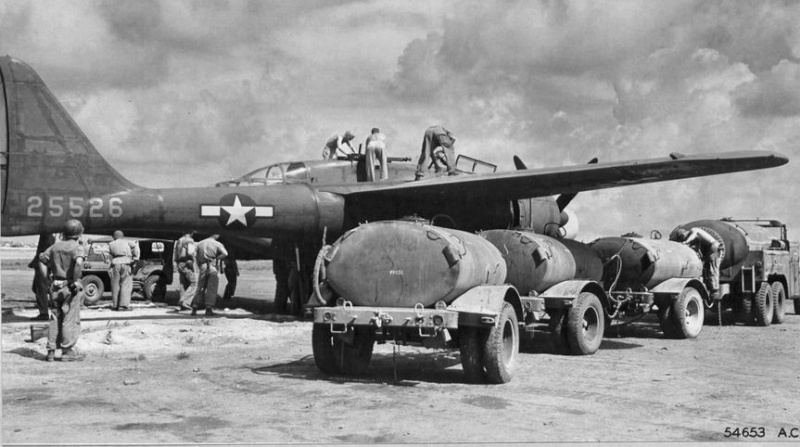 P-61  BLACK WIDOW / HOBBY BOSS 1/32 ( diorama ) Saipan10