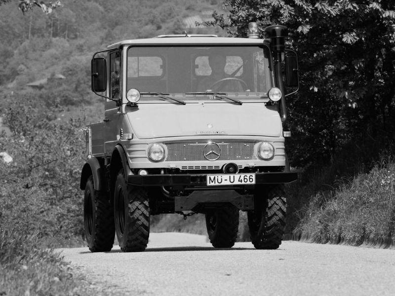 Petits tracteurs 4 roues motrices U_407_10