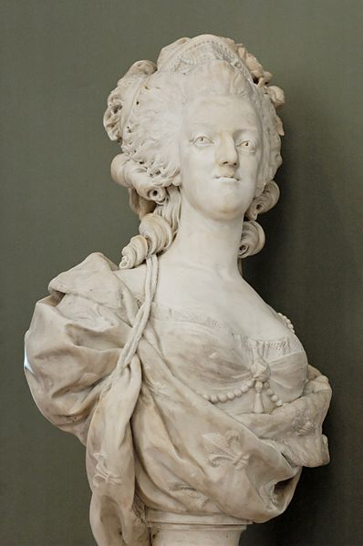 Marie Antoinette, par (et d'après) Louis-Simon Boizot 398px-10